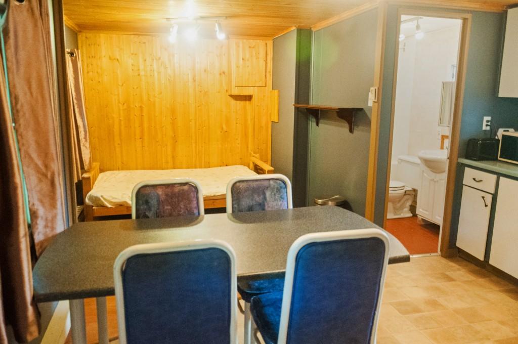 Chalet Salon Cuisine - Camping Nature Plein air, Estrie, Cantons de l'est